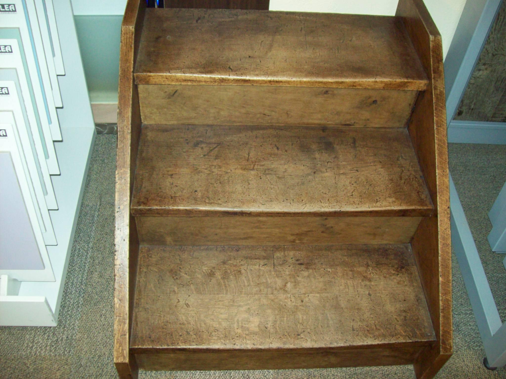 Scaletta In Legno Antica : Scale in legno antiche gradini antichizzati finalmente una buona