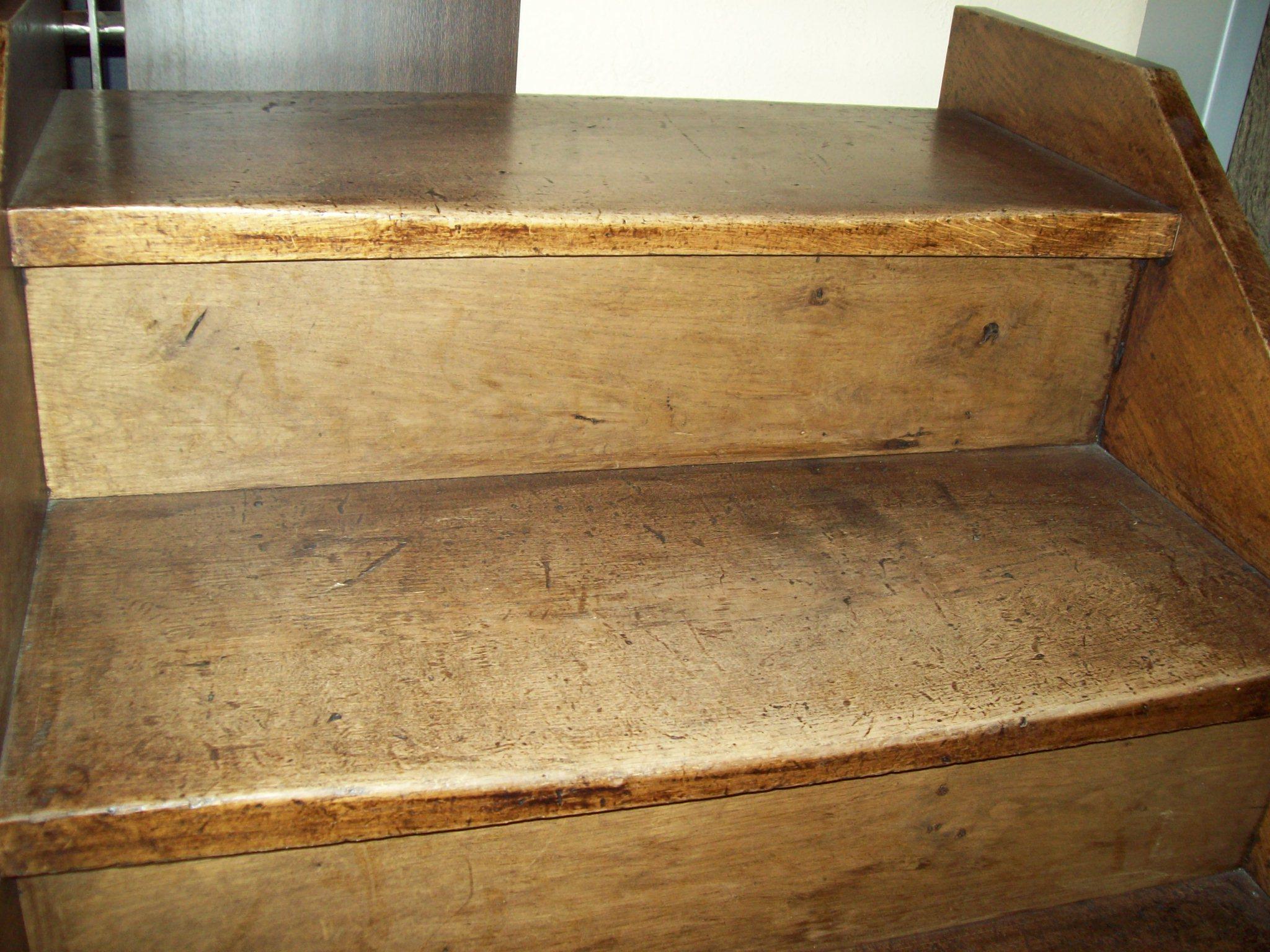 Scale in legno antiche: gradini antichizzati, finalmente una buona ...