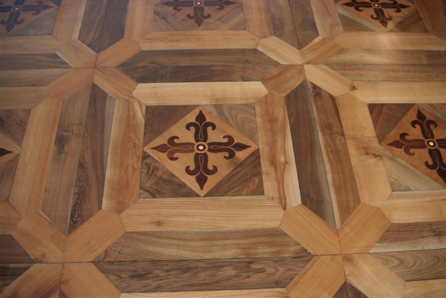 Pavimenti antichi in legno produzione in legno vecchio o - Tavole legno vecchio prezzi ...